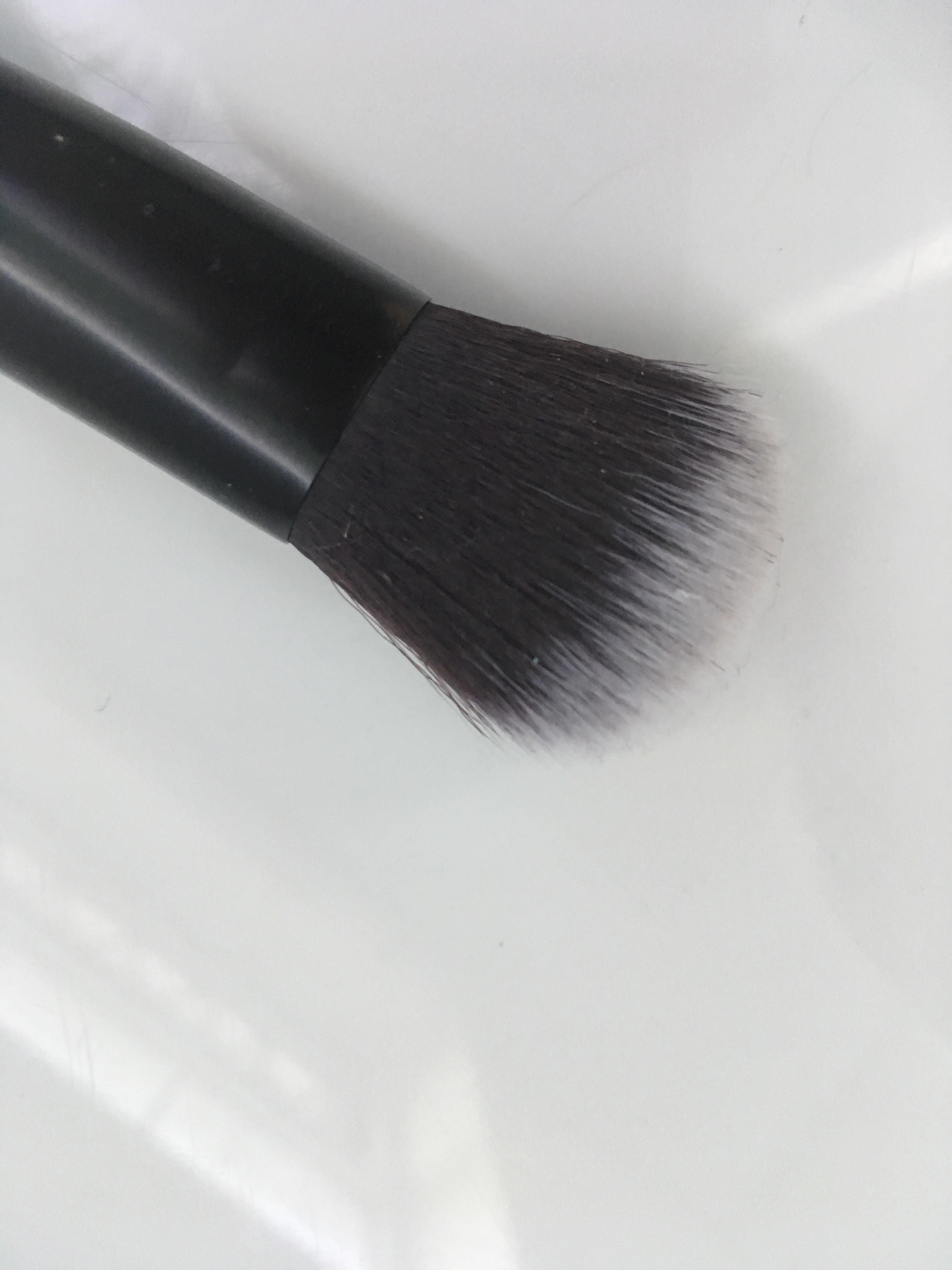flawless makeup brush vegan friendly review