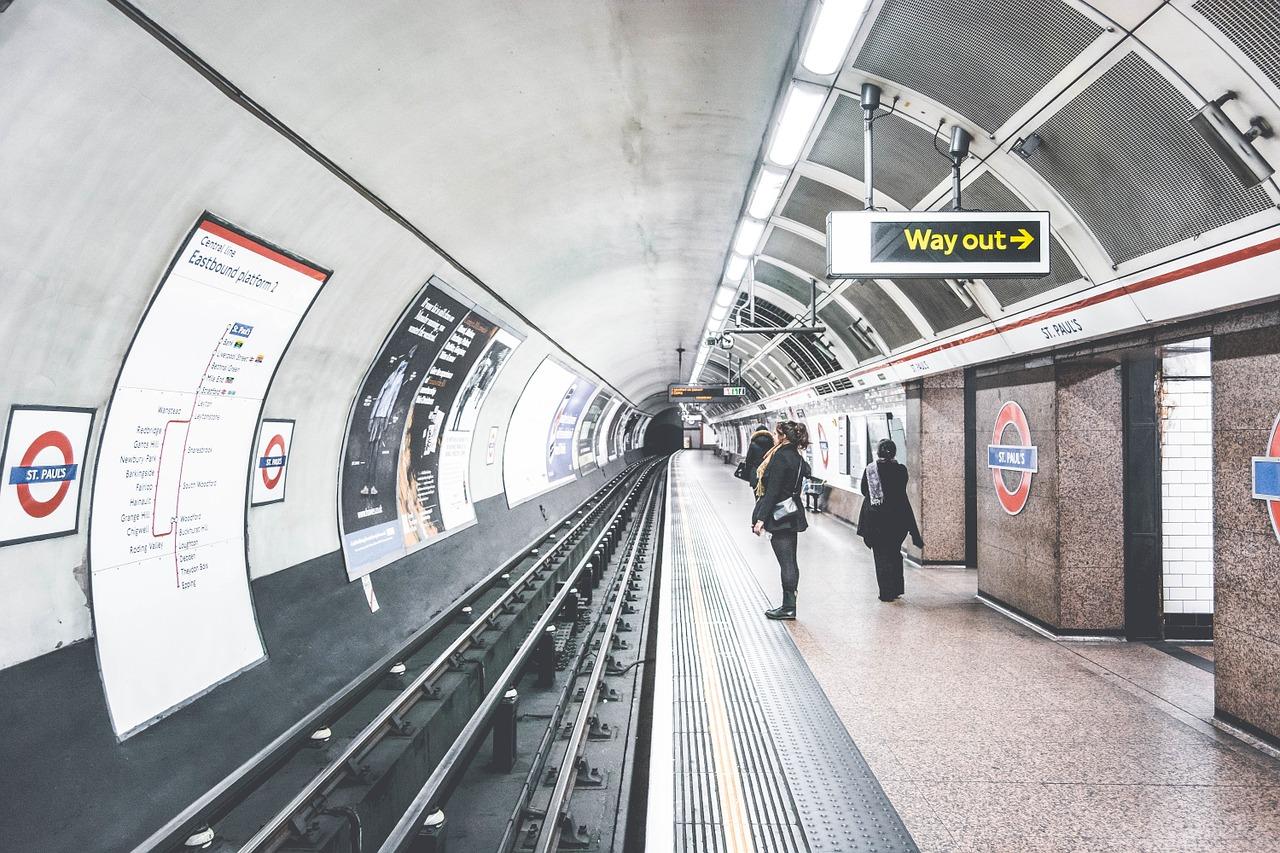 tube london underground metro station england uk