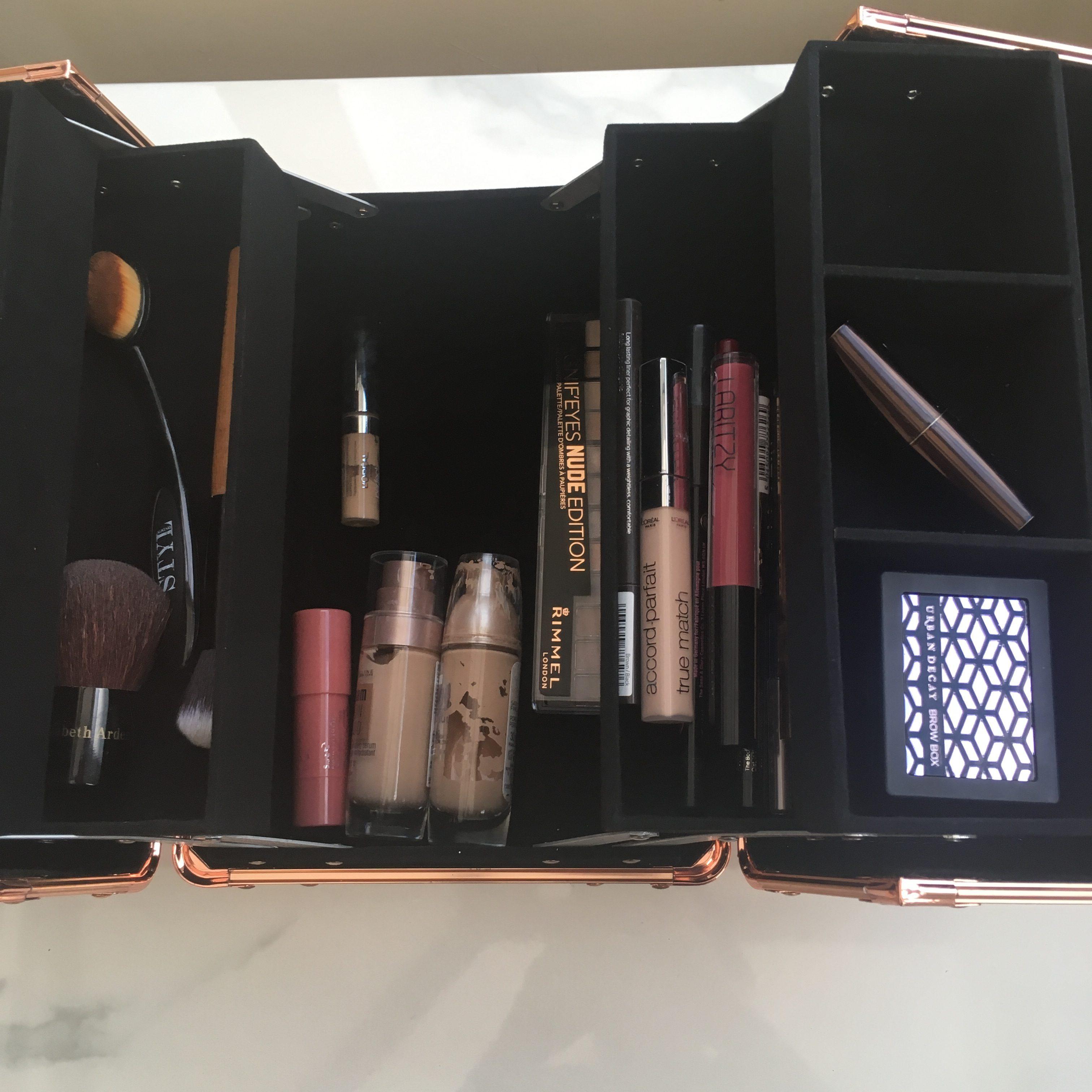 rose gold make-up case