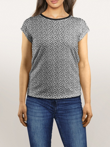 black and white leopard print t-shirt